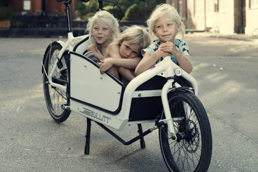 HOW TO RIDE WITH YOUR FAMILY – Our Cargo Bikes Fit All Families!